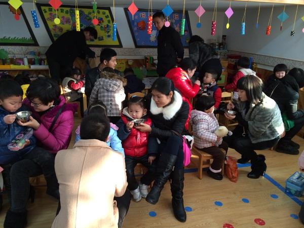 幼儿园冬至画画